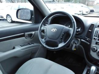 2009 Hyundai Santa Fe GLS East Haven, CT 8