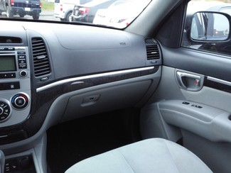2009 Hyundai Santa Fe GLS East Haven, CT 9