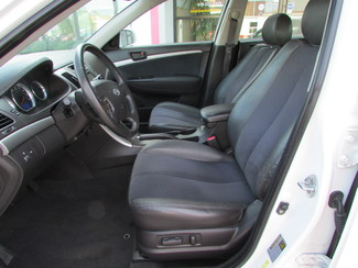 2009 Hyundai Sonata SE Fremont, Ohio 5
