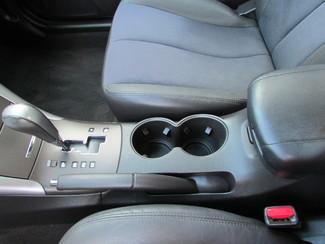 2009 Hyundai Sonata SE Fremont, Ohio 8