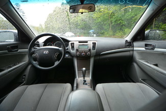 2009 Hyundai Sonata GLS Naugatuck, Connecticut 11