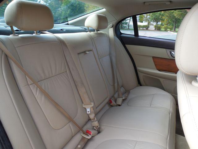 2009 Jaguar XF Luxury Leesburg, Virginia 28