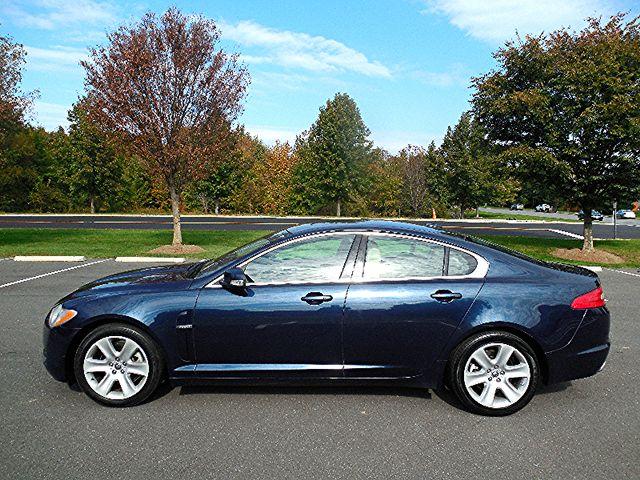 2009 Jaguar XF Luxury Leesburg, Virginia 4