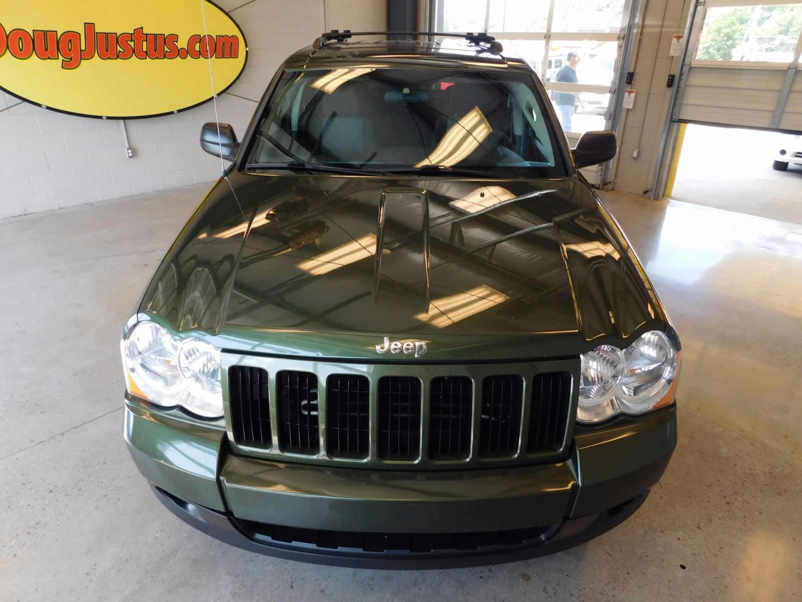 100 jeep laredo 2009 2009 jeep grand cherokee wk for Used cars airport motor mile