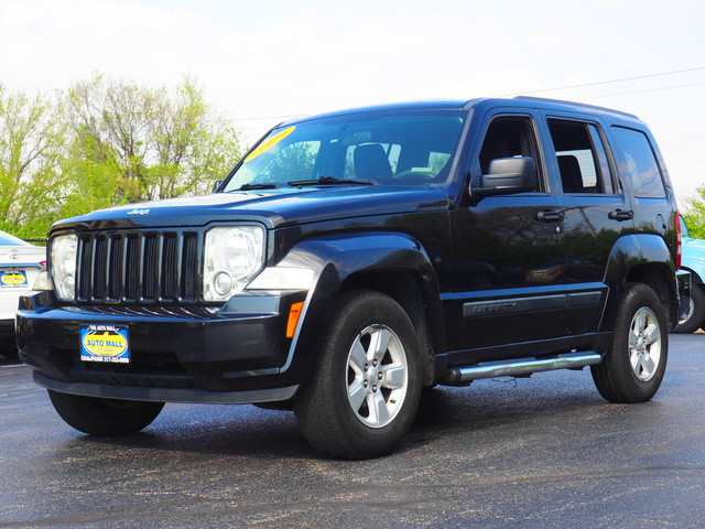 used jeep liberty for sale in terre haute in 20 cars from 2 499. Black Bedroom Furniture Sets. Home Design Ideas
