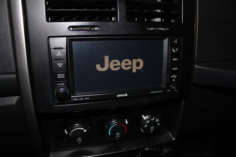 2009 Jeep Liberty Rocky Mountain  Lake Bluff IL  Executive Motor Carz  in Lake Bluff, IL