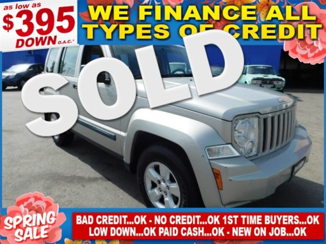 2009 Jeep Liberty Sport Limited warranty included to assure your worry-free purchase AutoCheck re
