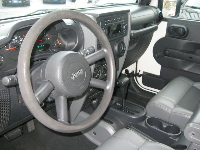 2009 Jeep Wrangler X 4X4 Richmond, Virginia 7