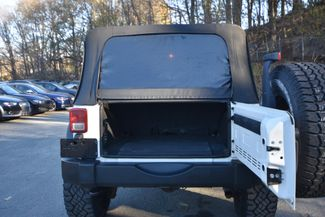 2009 Jeep Wrangler Unlimited X Naugatuck, Connecticut 9