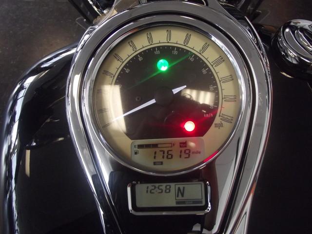 2009 Kawasaki Vulcan® 1700 Classic Arlington, Texas 20