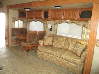 2009 Keystone Montana Ecliptic 3665RE w 4 Slides  city Florida  RV World of Hudson Inc  in Hudson, Florida