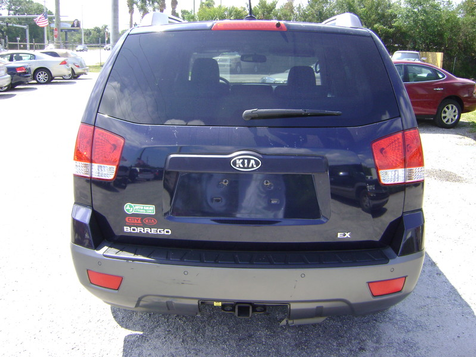 2009 Kia Borrego EX in Fort Pierce, FL