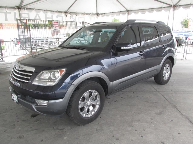 2009 Kia Borrego EX This particular Vehicle comes with 3rd Row Seat Please call or e-mail to chec