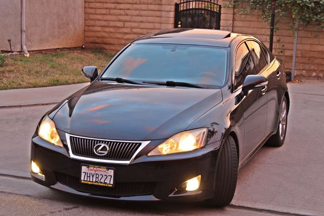 2009 Lexus IS 250 FULLY LOADED NAVIGATION AUTOMATIC 88K MLS 1-OWNER A/C SERIVCE RECORDS Woodland Hills, CA 10