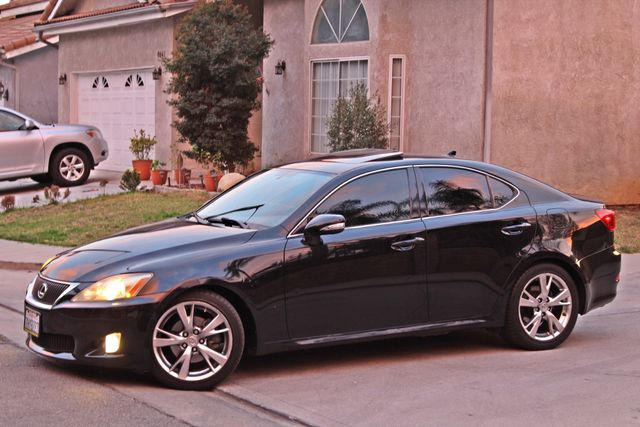 2009 Lexus IS 250 FULLY LOADED NAVIGATION AUTOMATIC 88K MLS 1-OWNER A/C SERIVCE RECORDS Woodland Hills, CA 1