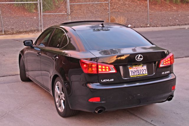 2009 Lexus IS 250 FULLY LOADED NAVIGATION AUTOMATIC 88K MLS 1-OWNER A/C SERIVCE RECORDS Woodland Hills, CA 3