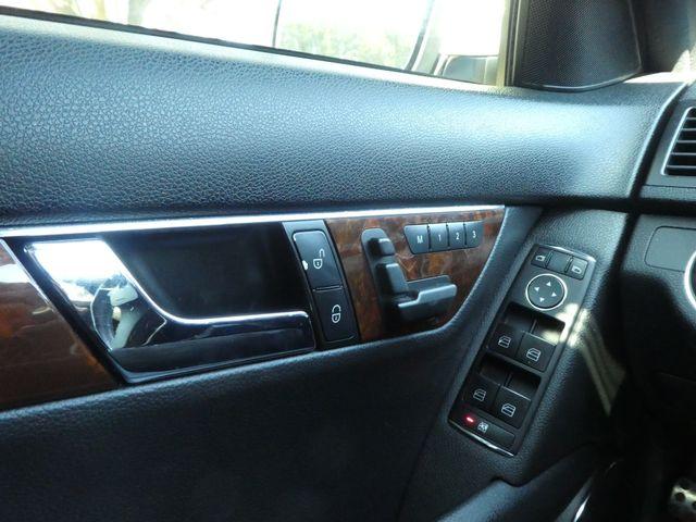 2009 Mercedes-Benz C300 3.0L Luxury Leesburg, Virginia 25