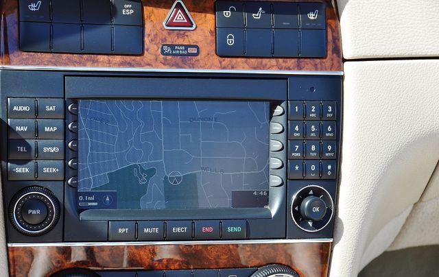 2009 Mercedes-Benz CLK550 5.5L Reseda, CA 22