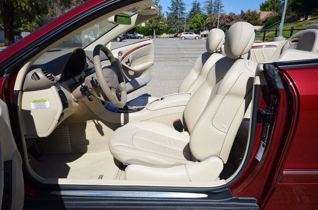 2009 Mercedes-Benz CLK550 5.5L Reseda, CA 28