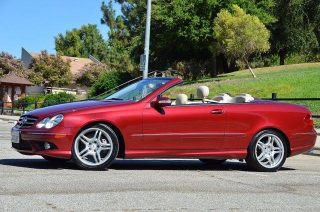 2009 Mercedes-Benz CLK550 5.5L Reseda, CA 1