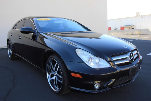 2009 Mercedes-Benz CLS550* SPORT PKG* AMG* LEATHER* MOONROOF 5.5L*AUTO* NAVI* WHEELS* CLEAN* LOW MI Las Vegas, Nevada 2