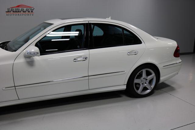 2009 Mercedes-Benz E550 Sport 5.5L Merrillville, Indiana 32