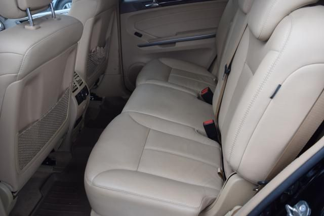 2009 Mercedes-Benz GL320 3.0L BlueTEC Richmond Hill, New York 11