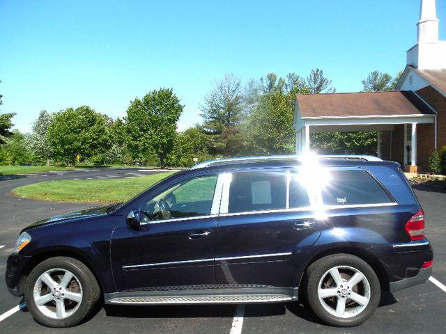 2009 Mercedes-Benz GL450 4.6L Leesburg, Virginia 1