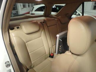 2009 Mercedes Ml320 Bluetec DIESEL. DVD, 4-MATIC. AWESOME SUV! Saint Louis Park, MN 17