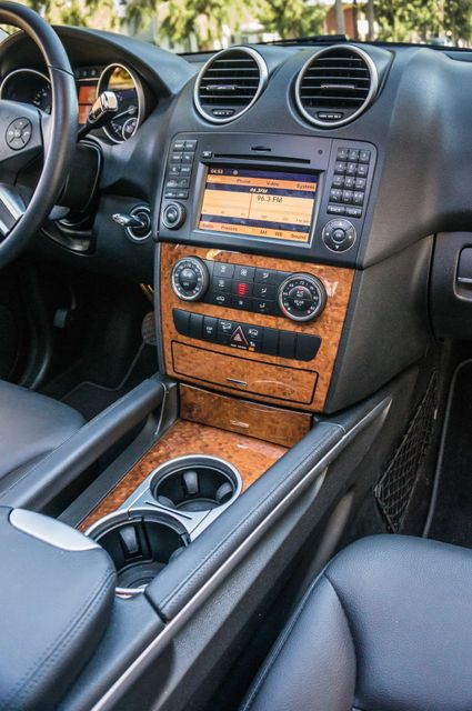 2009 Mercedes-Benz ML350 3.5L AWD - 86K MILES - SUNROOF -1-OWNER Reseda, CA 22