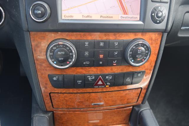 2009 Mercedes-Benz ML350 3.5L Richmond Hill, New York 13
