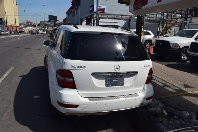 2009 Mercedes-Benz ML350 3.5L Richmond Hill, New York 3