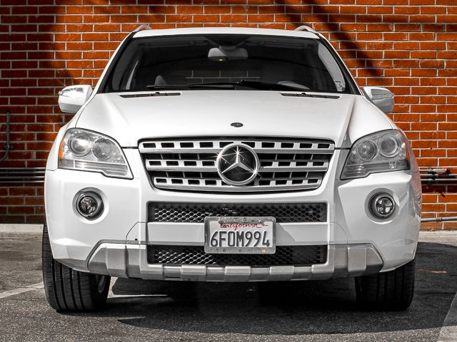 2009 Mercedes-Benz ML550 5.5L Burbank, CA 1