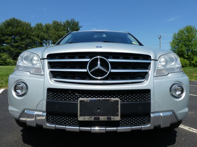 2009 Mercedes-Benz ML63 6.3L AMG Leesburg, Virginia 1