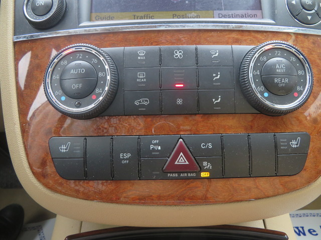 2009 Mercedes-Benz R350 3.5L Charlotte-Matthews, North Carolina 19