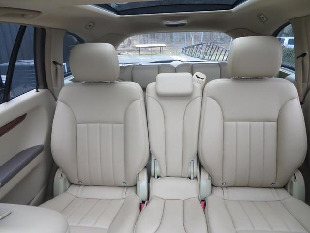 2009 Mercedes-Benz R350 3.5L Charlotte-Matthews, North Carolina 24