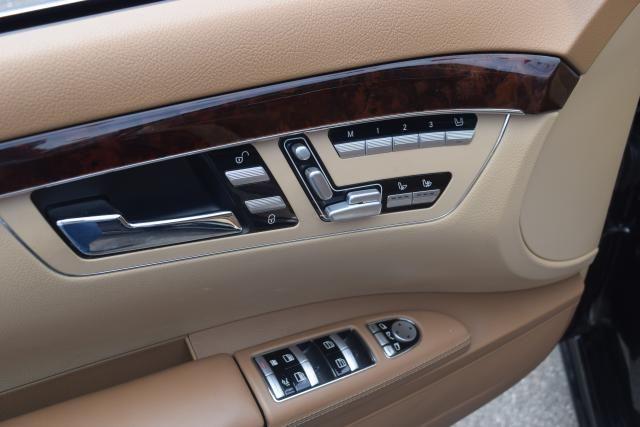 2009 Mercedes-Benz S63 6.3L V8 AMG Richmond Hill, New York 13