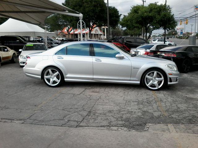 2009 Mercedes-Benz S63 Sedan  Msrp was $141,660.00 new San Antonio, Texas 1
