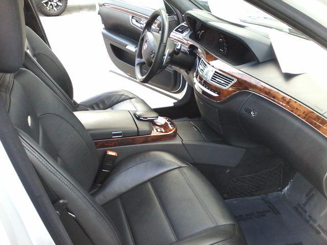 2009 Mercedes-Benz S63 Sedan  Msrp was $141,660.00 new San Antonio, Texas 20