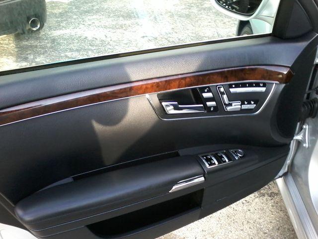 2009 Mercedes-Benz S63 Sedan  Msrp was $141,660.00 new San Antonio, Texas 21
