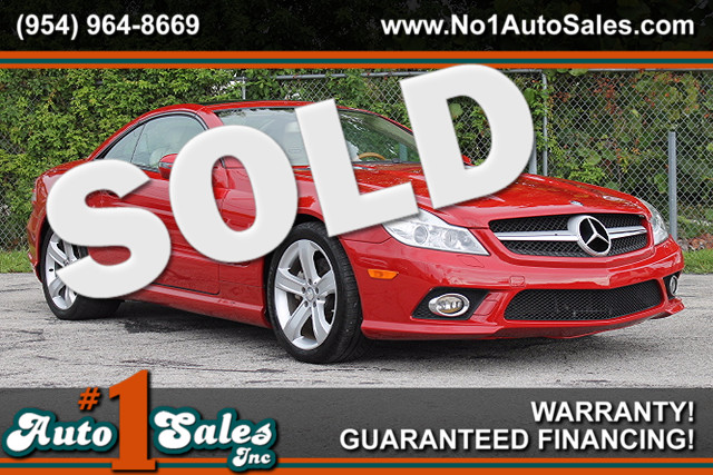 2009 Mercedes SL550 V8  WARRANTY CARFAX CERTIFIED AUTOCHECK CERTIFIED FLORIDA VEHICLE 25 SE