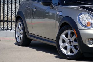 2009 Mini Cooper S * Cold Weather Pkg * AUTOMATIC * Hi-Fi Sound * Plano, Texas 18