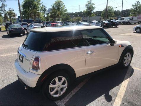 2009 Mini Hardtop Base | Myrtle Beach, South Carolina | Hudson Auto Sales in Myrtle Beach, South Carolina