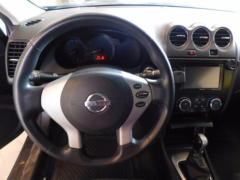 2009 Nissan Altima 25 S  city TN  Doug Justus Auto Center Inc  in Airport Motor Mile ( Metro Knoxville ), TN
