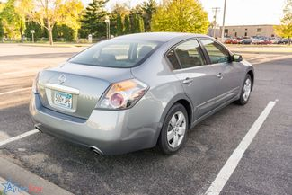 2009 Nissan Altima 2.5 S Maple Grove, Minnesota 3