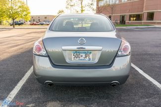 2009 Nissan Altima 2.5 S Maple Grove, Minnesota 6