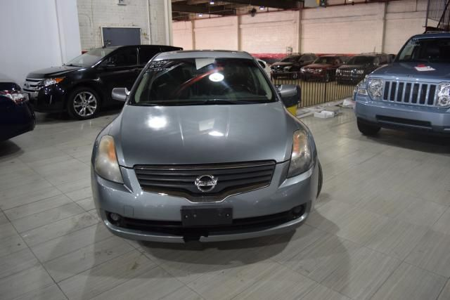 2009 Nissan Altima 2.5 SL Richmond Hill, New York 2