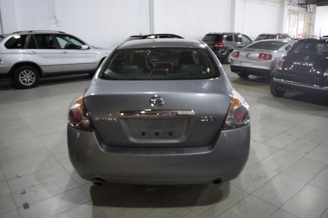 2009 Nissan Altima 2.5 SL Richmond Hill, New York 3