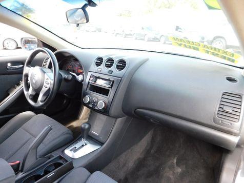 2009 Nissan Altima 2.5 S | Santa Ana, California | Santa Ana Auto Center in Santa Ana, California