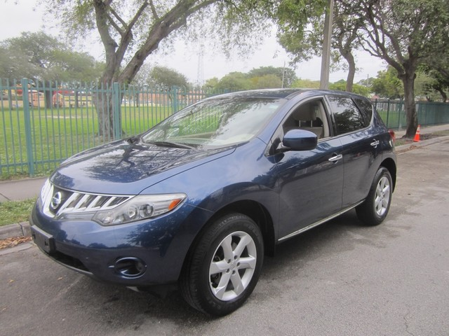 2009 Nissan Murano S 2009 nissan murano s AWD 35L DOHC 24 valve V6 engine with a CVT equipped wi